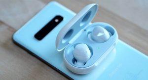 بررسی هنذفری گلکسی بادز Samsung Galaxy Buds   ایر پاد سامسونگ