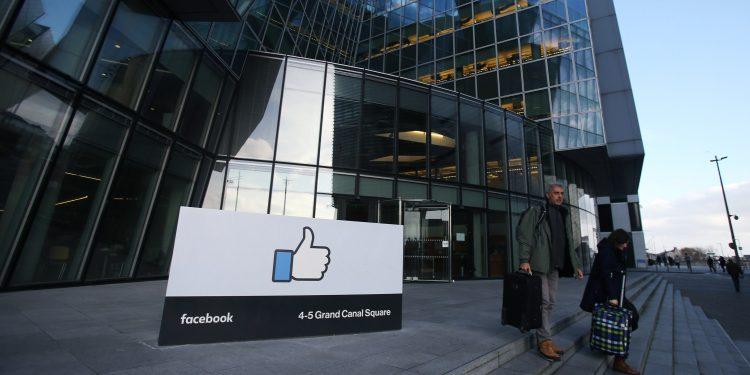 فیسبوک همانند اینستاگرام تعداد لایک در زیر پست ها را حذف می کند