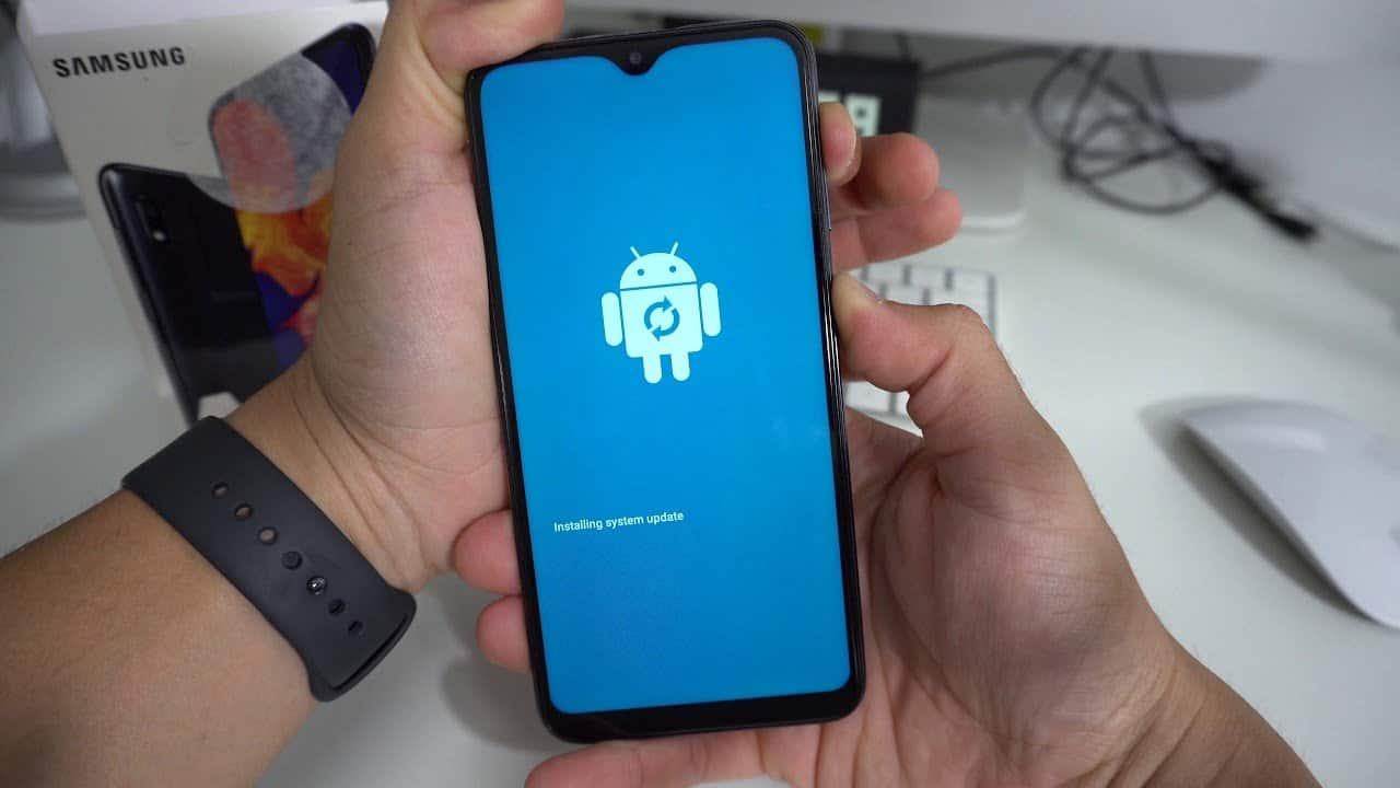 android-11-update-for-galaxy-a10s-is-provided - چیکاو