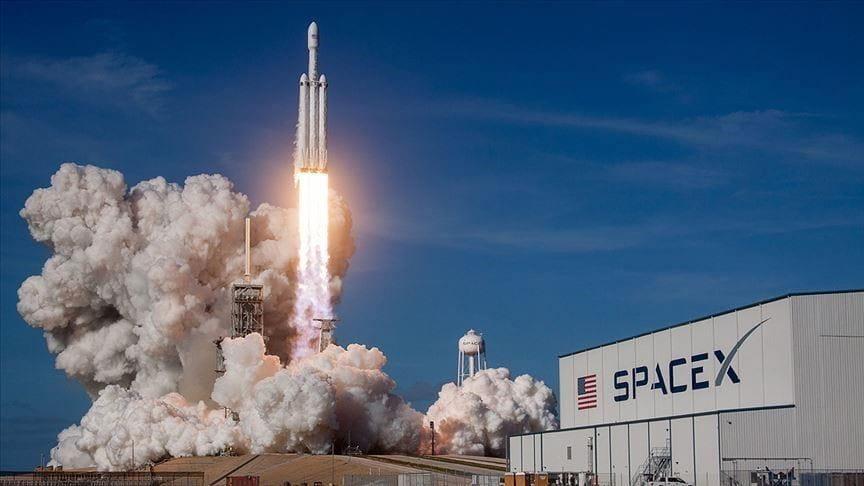 ایلان ماسک قصد دارد ماهواره ای را برای تبلیغات بیلبورد در فضا پرتاب کند - چیکاو